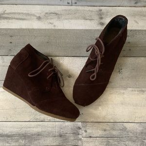 Toms brown suede wedges size 8
